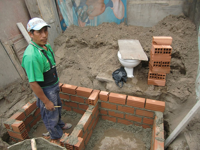06 UDDT under construction